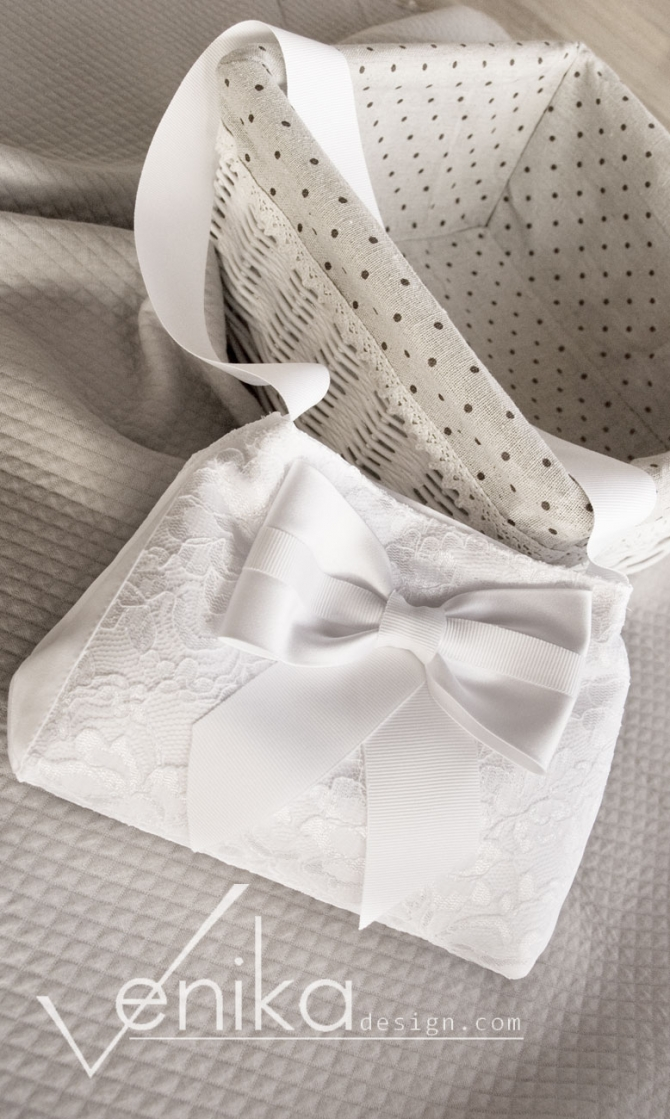 Lace communion bag with bow and crystals